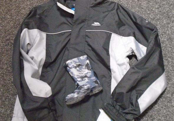 Waterproof jackets for children